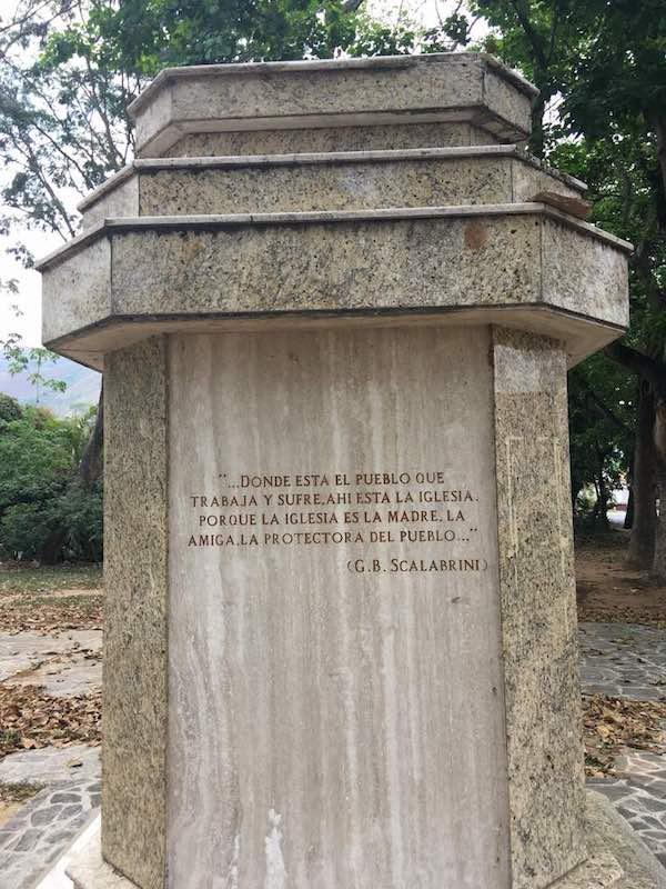 Venezuela, divelta la statua del beato Scalabrini