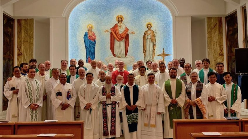 """XV Capitolo generale dei missionari scalabriniani. Padre Gazzola: """"Riuniti per far prevalere le ragioni di Dio"""""""