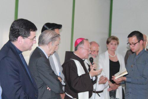 Per i migranti di Guadalajara, in Messico, c'è una nuovo rifugio Si chiama Escuela Aldea Arcoiris ed è un campus di formazione dell'associazione Casa Scalabrini A.C. All'inaugurazione, il 9 novembre 2018, è intervenuto anche padre Chiarello, nuovo superiore generale scalabriniano