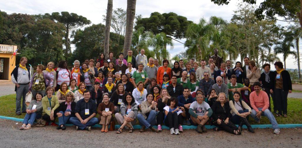 Un gruppo di laici scalabriniani durante un convegno internazionale