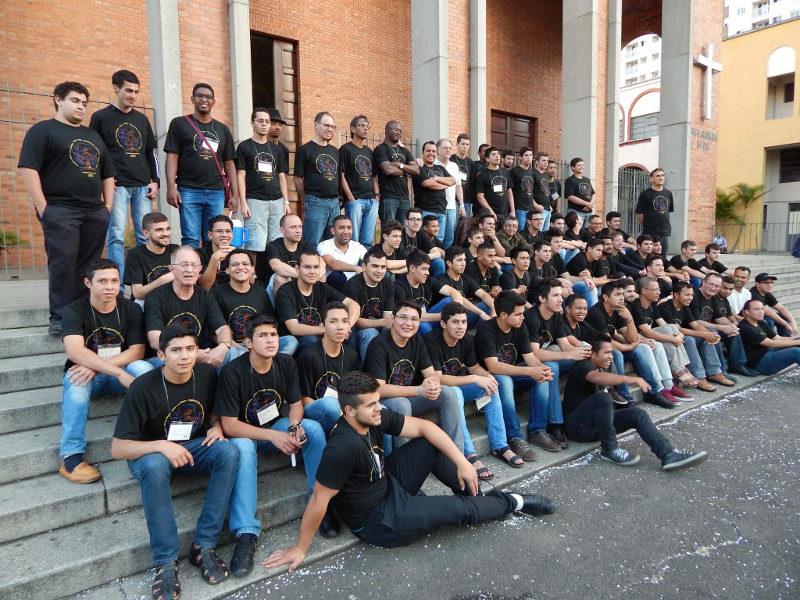 I seminaristi scalabriniani a Missão Paz. Ottanta i giovani che sabato 8 ottobre hanno visitato l'istituto di São Paulo